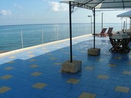 appartamento a picco sul mare