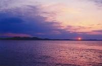 D'été en Sicile, La mer a toujours la couleur du saphir